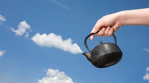 A cloud of tea