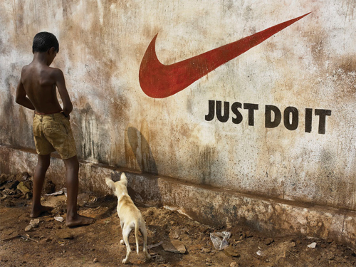 Awesome Masterpieces Of Creatively Executed Funny Photos 10
