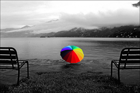 Mindblowing Assortment Of Black And White Photography With Partial Colors 22