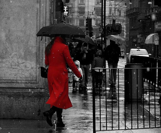 Mindblowing Assortment Of Black And White Photography With Partial Colors 28