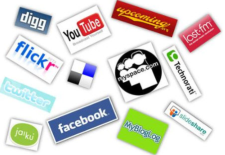 5 Excellent Wordpress Plugins To Add Social Media Buttons On Your Blog 1