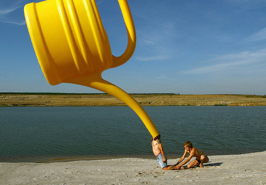 Incredible Illusions of Forced Perspective Photography 29