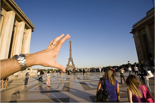 Incredible Illusions of Forced Perspective Photography 33