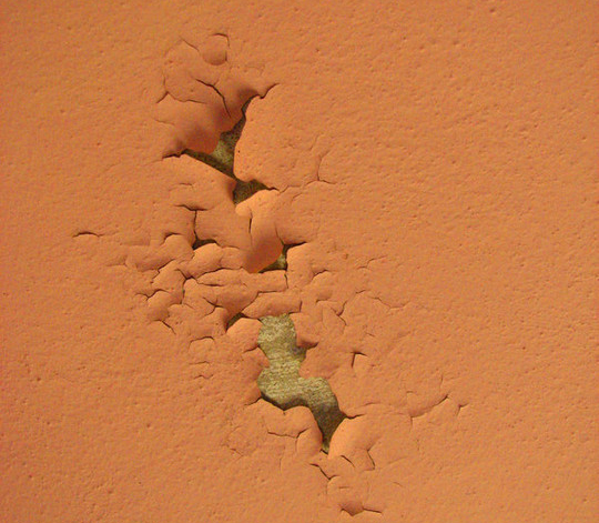 20 Free Peeling Paint Textures For Your Designs 14