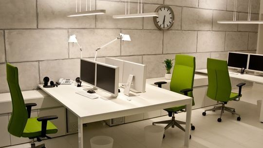 40 Inspirational Freelance Workspaces And Offices For Designer 21