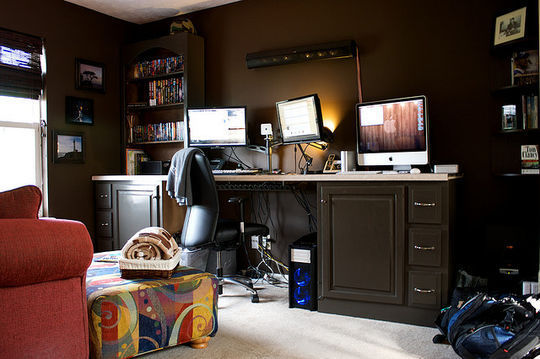 40 Inspirational Freelance Workspaces And Offices For Designer 4