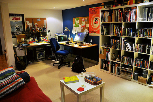 40 Inspirational Freelance Workspaces And Offices For Designer 9