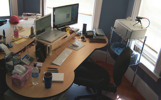 40 Inspirational Freelance Workspaces And Offices For Designer 13