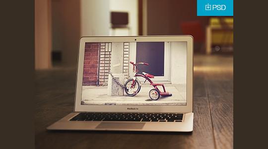 15 Free MacBook Mockup PSD Designs 10