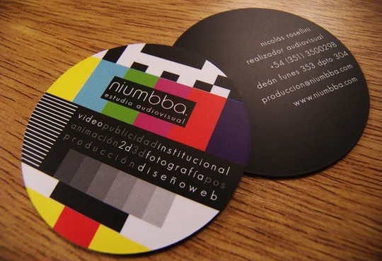 Modern and Graceful Business Card Examples 17
