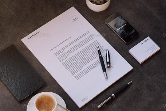 40 Free Corporate Identity & Stationery Mockup Templates 19