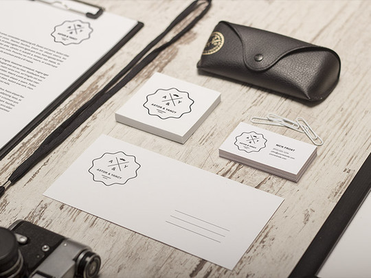 40 Free Corporate Identity & Stationery Mockup Templates 23