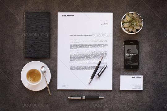40 Free Corporate Identity & Stationery Mockup Templates 34