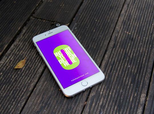 11 Free iPhone 6 Mockups For App & Responsive Designs 12