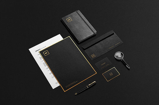 12 Fresh PSD Mockup Templates For Creative Works 3