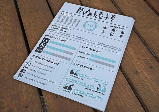 14 Free Simple Resume PSD Mockups & Templates 15